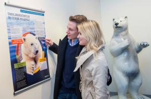 Internationaler Eisbärentag_Besucher im Artenschutzzentrum_Hellabrunn_2014